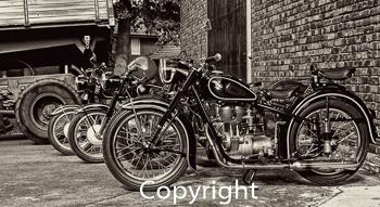 Motorrad schwarz / weiß